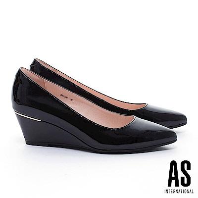 高跟鞋 AS 經典實穿超軟牛漆皮素面尖頭楔型高跟鞋-黑