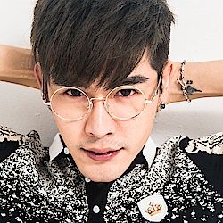 BuyGlasses 韓星復古大圓平光眼鏡
