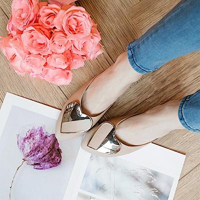 金屬愛心仿皮革尖頭半拖鞋-OB大尺碼