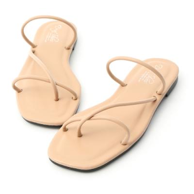 D+AF 輕鬆步調.斜帶方頭夾腳涼拖鞋*杏
