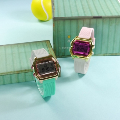 I AM 電子液晶 繽紛色彩 錶帶自由搭配 矽膠手錶-粉灰x玫瑰金x粉 33mm