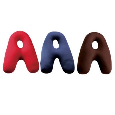 字母A多功能微粒抱靠枕(隨機出貨)