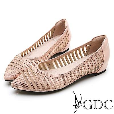 GDC-真皮水鑽橫條造型V型裁切尖頭內增高跟鞋-粉色