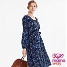 【mamaway 媽媽餵】圍裹印花孕哺洋裝(深藍)