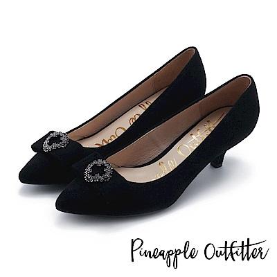 Pineapple Outfitter 典雅女伶 蝴蝶結鑽釦尖頭中跟鞋-絨黑