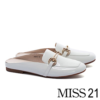 低跟鞋 MISS 21 經典俐落飾釦方頭樂福穆勒低跟鞋-白