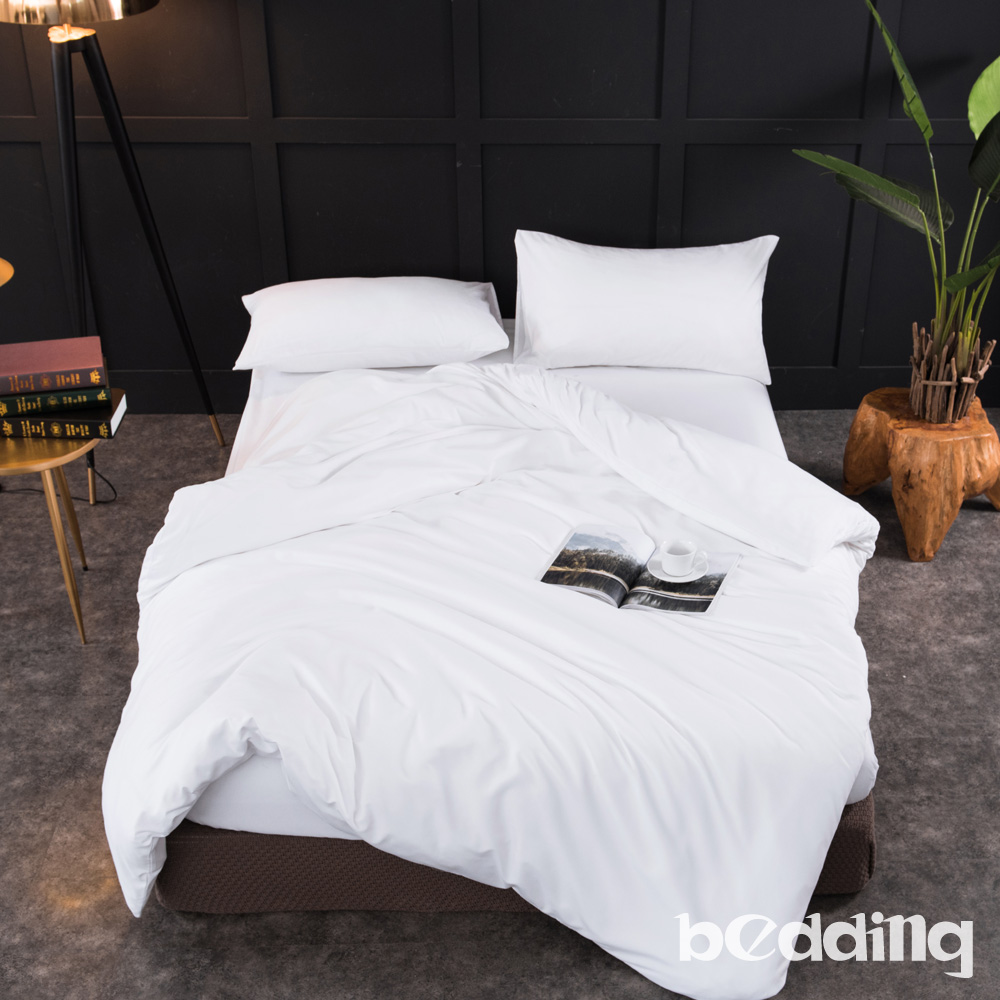 BEDDING-活性印染日式簡約純色系特大雙人床包被套四件組-雪白色