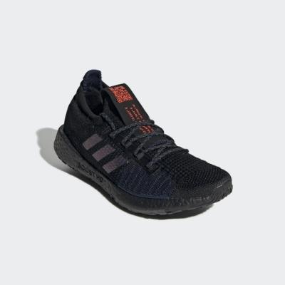 adidas PULSEBOOST HD 跑鞋 女 EE4005