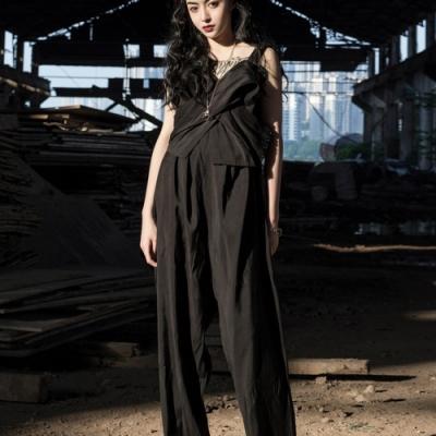 設計所在Style-日本設計師款不規則連身背帶褲
