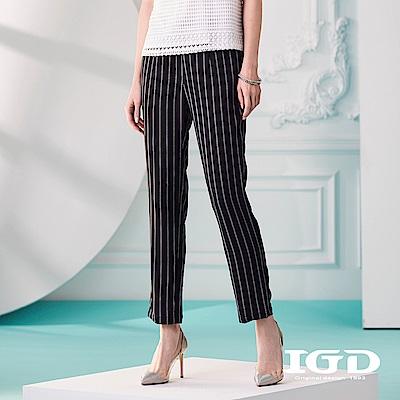 IGD英格麗 黑白條紋修身長褲-黑色