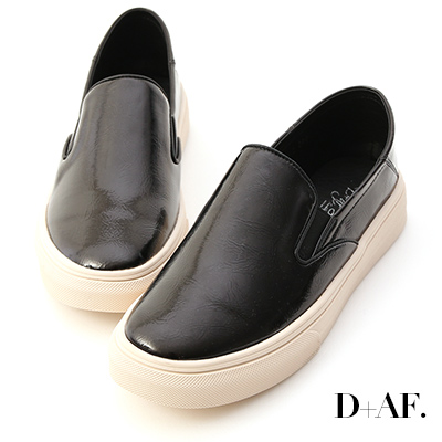 D+AF 百搭主流.漆皮可後踩休閒懶人鞋*黑