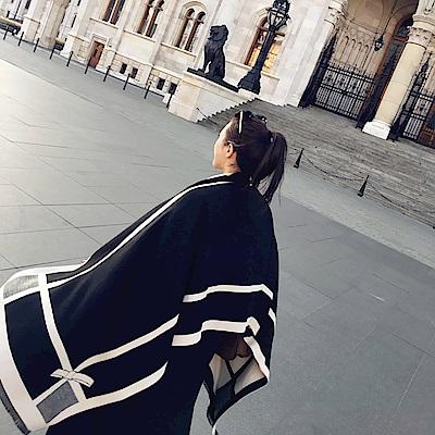梨花HaNA 冬日溫柔女伶蝴蝶結經典綁結圍巾披肩