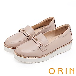 ORIN 復古學院風 金屬飾條牛皮厚底平底鞋-粉裸