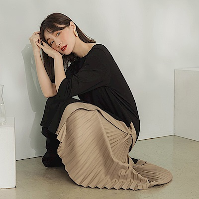 配色異材質拼接百褶飄逸裙襬五分袖洋裝-OB大尺碼