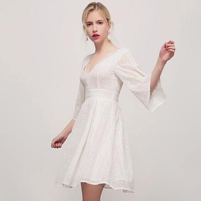 AIR SPACE喇叭袖V領稻穗刺繡短洋裝白