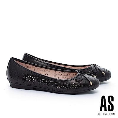 平底鞋 AS 金屬釦蝴蝶結沖孔造型全真皮娃娃平底鞋-黑