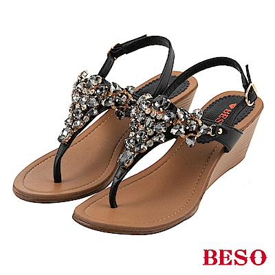 BESO 璀璨人生 寶石T帶楔型涼鞋~黑