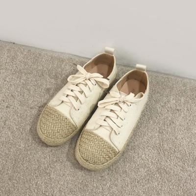 韓國KW美鞋館 輕巧文藝女孩草編帆布鞋-米白繫帶