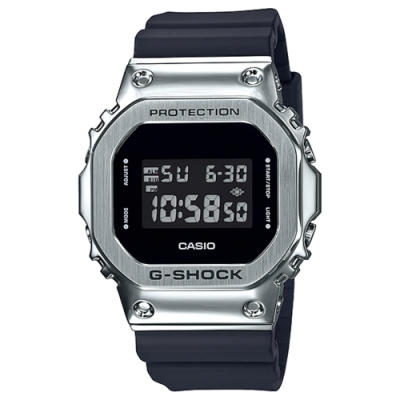CASIO 卡西歐G-SHOCK經典IP處理錶圈200米防水電子錶-銀黑色(GM-5600-1)