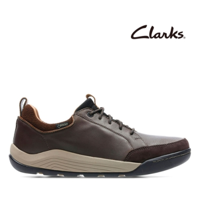 Clarks 樂活休閒-輕戶外防潑水真皮休閒鞋 深棕色