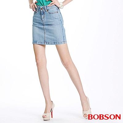 【BOBSON】女款小尻革命伸縮牛仔短裙(藍58)