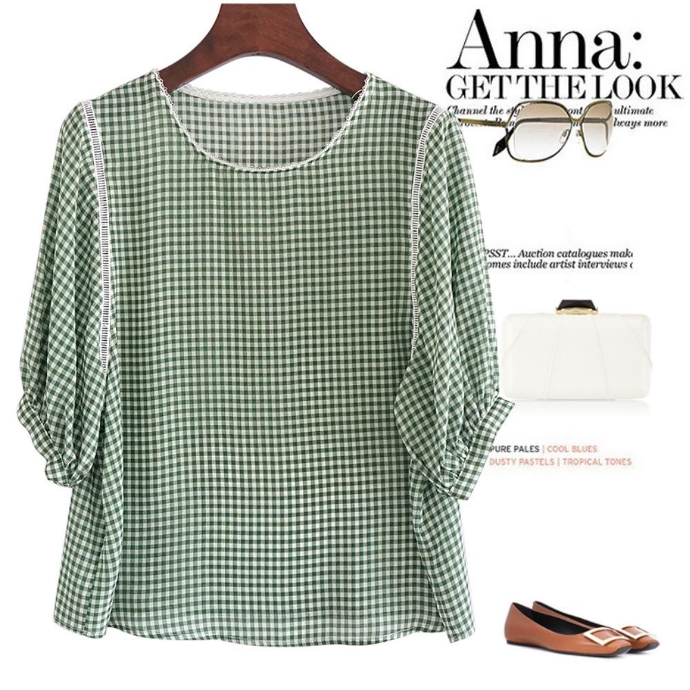 La Belleza領口花邊領雙條白色編織壓條時尚小格子五分袖上衣 product image 1