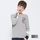 SNS 美式風範撞色字母V領針織衫(2色)