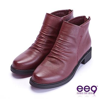 ee9 自然抓皺素面粗跟百搭踝靴 酒紅