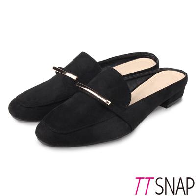 TTSNAP穆勒鞋-金屬俐落線條半拖方頭鞋 黑