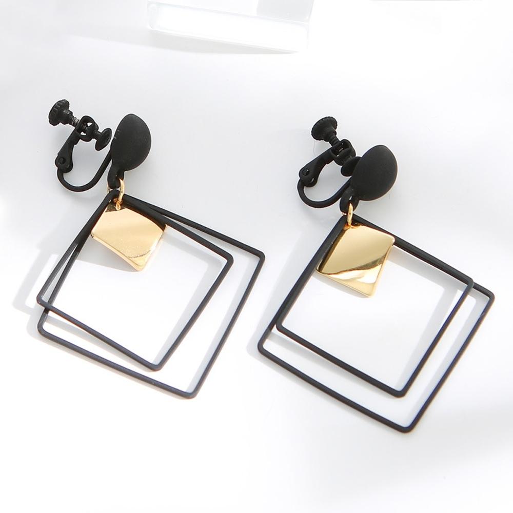 梨花HaNA 韓國雙層個性感黑方框吊綴耳環夾式