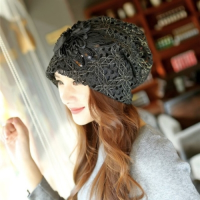 【89 zone】法式雙層花朵鏤空蕾絲優雅透氣防風/頭巾帽(黑)