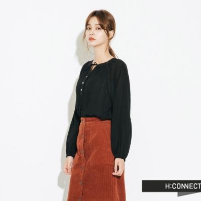 H:CONNECT 韓國品牌 女裝-縮袖排扣綁繩上衣-黑