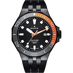 EDOX Delfin 水上冠軍專業300 防水石英錶-黑/43mm