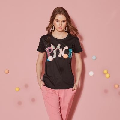 ICHE 衣哲 立體3D珍珠字母印花造型上衣(兩色)-曜石黑