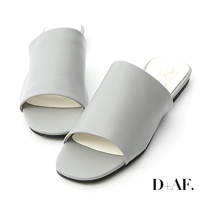 D+AF 極簡質感.超軟方頭寬版一字拖鞋*灰