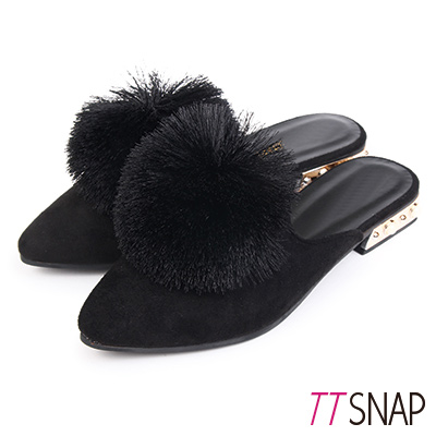 TTSNAP尖頭鞋-細緻絨面溫暖毛球平底穆勒鞋 黑