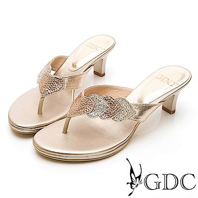 GDC-小典雅環繞水鑽閃爍低跟夾腳拖鞋-金色
