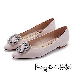 Pineapple Outfitter 璀璨名媛 方鑽飾釦尖頭低跟鞋-粉色