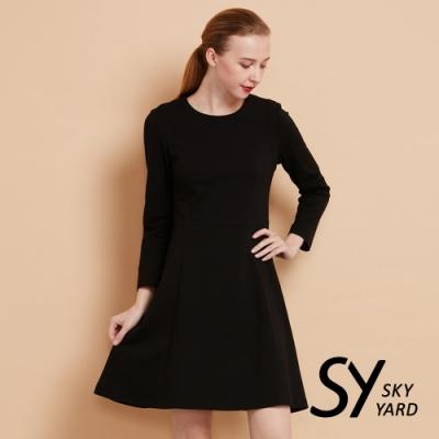 【SKY YARD 天空花園】簡約收腰彈性八分袖洋裝-黑色