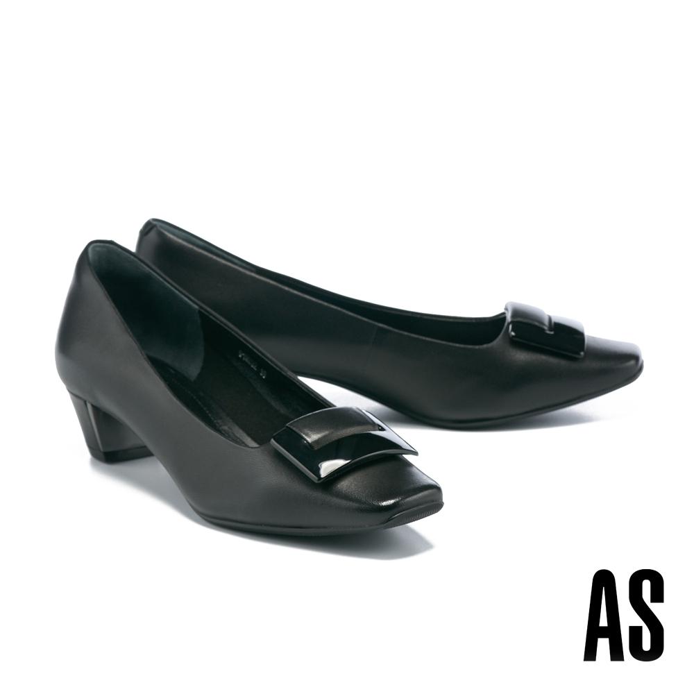 低跟鞋 AS 時髦別緻鏡面烤漆釦反摺羊皮方頭低跟鞋-黑