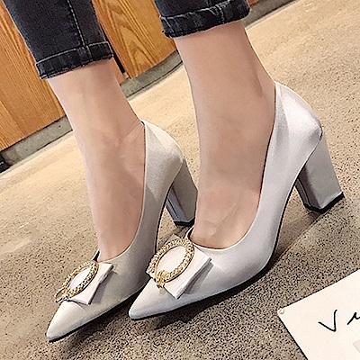 KEITH-WILL時尚鞋館 尖頭淺口方扣粗跟高跟鞋-灰