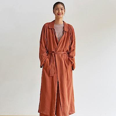 旅途原品_輕光_原創設計銅氨絲雙層毛邊外套-土紅/藏藍
