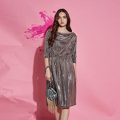 ICHE 衣哲 時尚Party風金屬光澤感造型禮服洋裝-光澤色