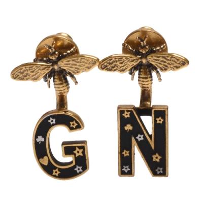 DIOR 經典鍍金復古金屬不對稱字母NG蜜蜂造型穿式耳環(古銅金)
