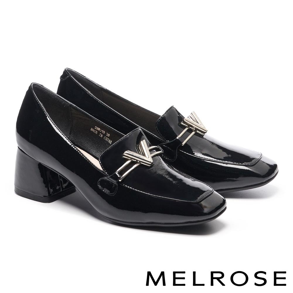 高跟鞋 MELROSE 時尚金屬飾釦方頭漆皮粗高跟鞋-黑