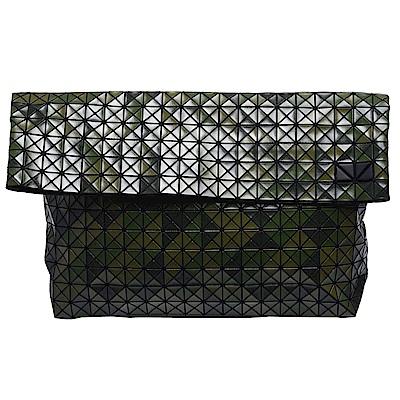 ISSEY MIYAKE 三宅一生 BAOBAO幾何方格對折萬用手拿包(迷彩綠)