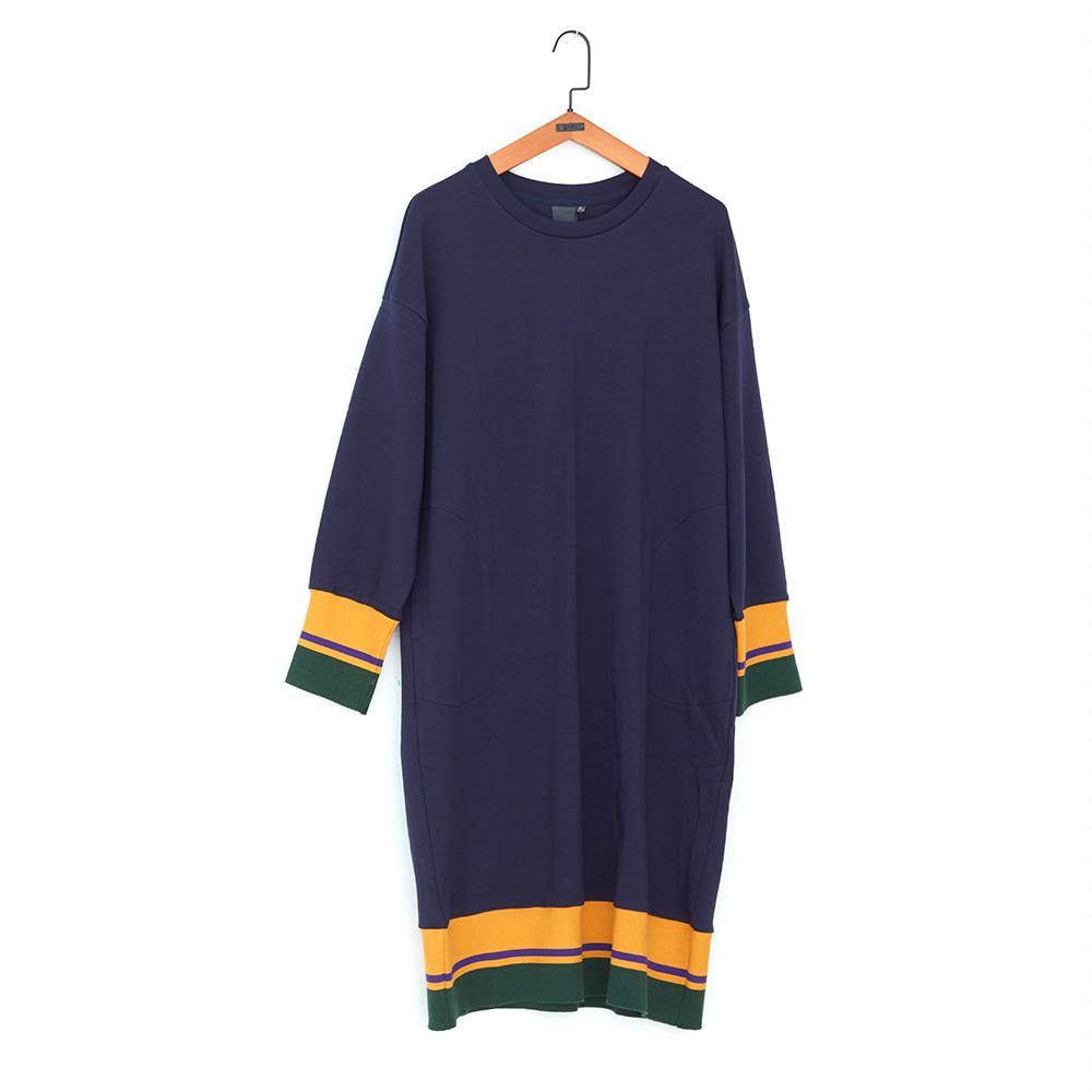 gozo 修身落肩拚色羅紋擺棉質洋裝(深藍)