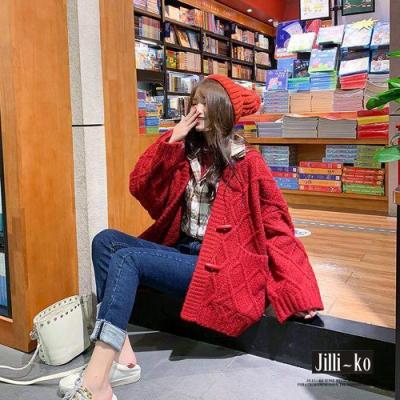 JILLI-KO 時尚寬鬆慵懶風牛角釦加厚針織外套- 紅/杏