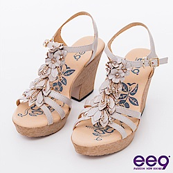 ee9花漾年華-自然之美立體鑽飾造型花朵粗跟涼鞋-米色