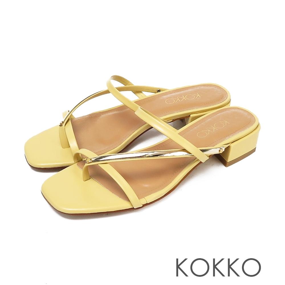 KOKKO 方頭細帶粗跟牛皮夾腳涼拖鞋奶酪黃